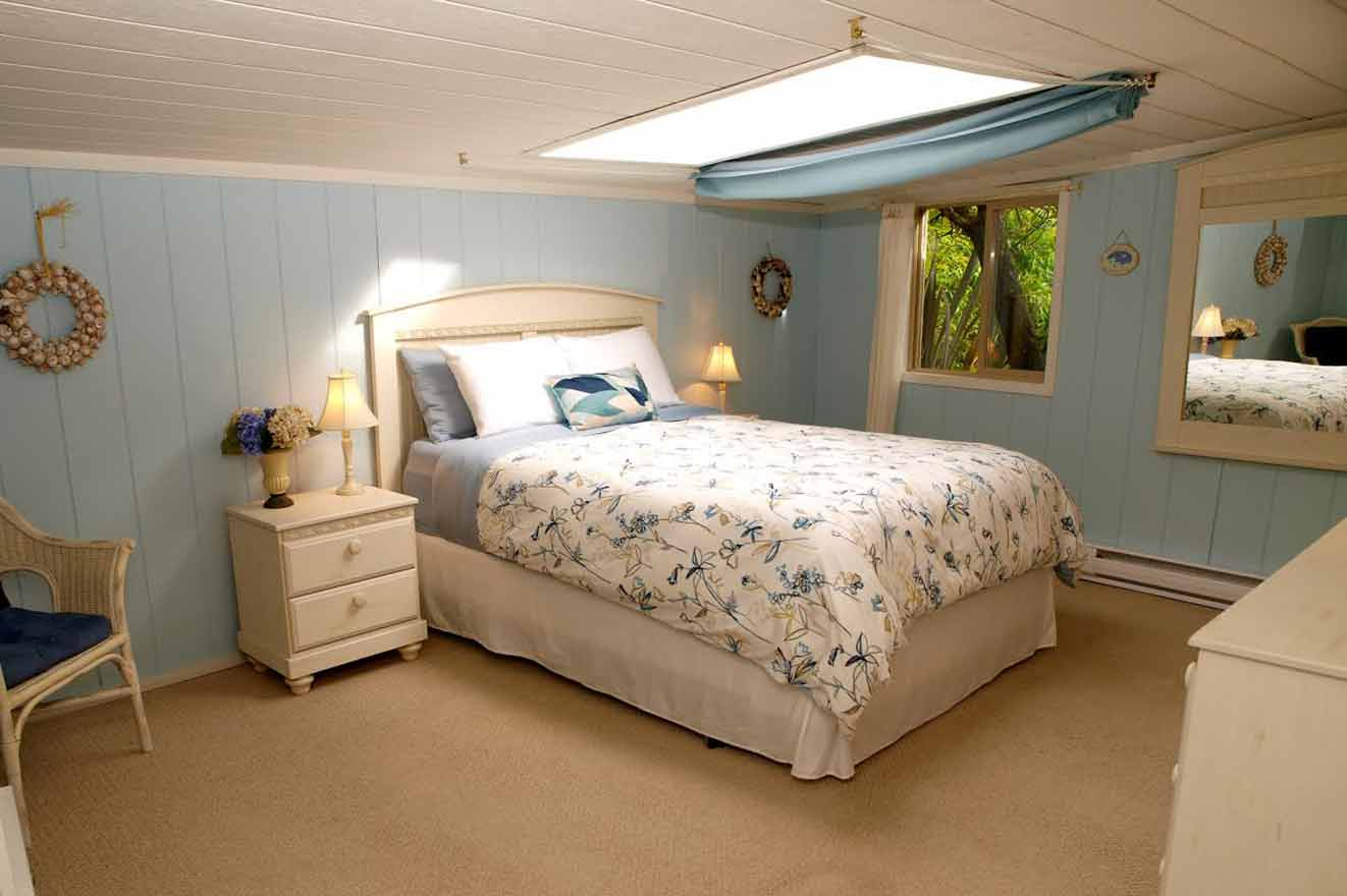 Surf Shack Bedroom Skylight